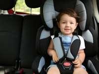 Hogyan utazhat egy gyermek biztonságosan az autóban?